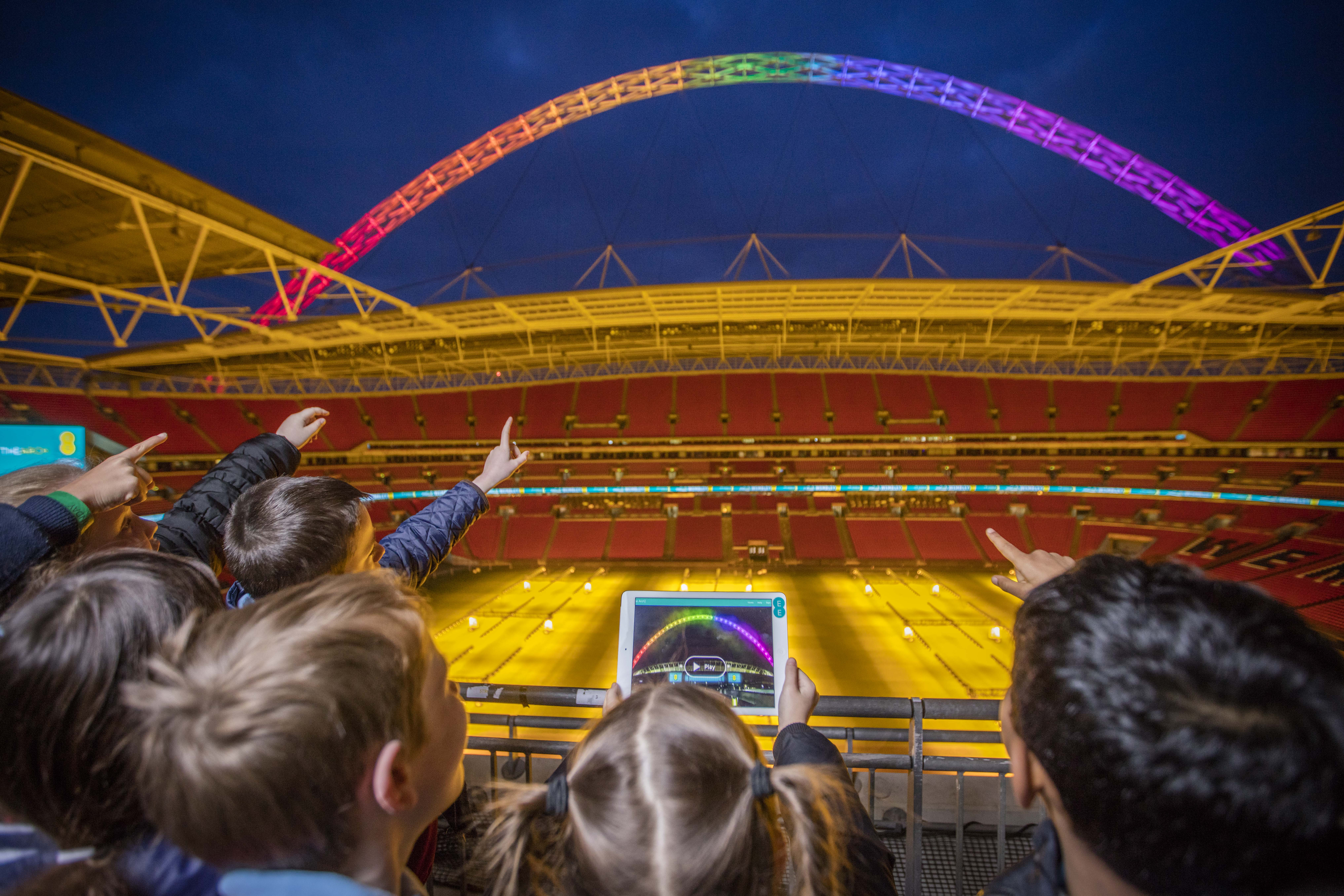 Design your own light show at Wembley's Arch with EE app